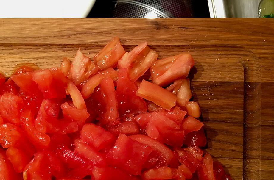 Filets von reifen Tomaten in Stücken