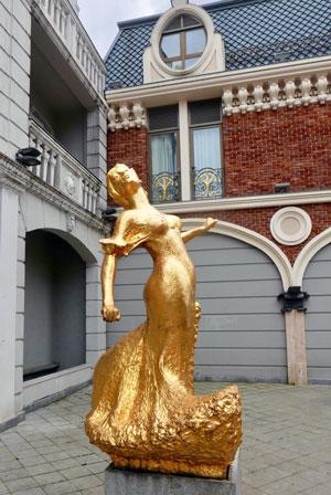 Die Statue der Tänzerin