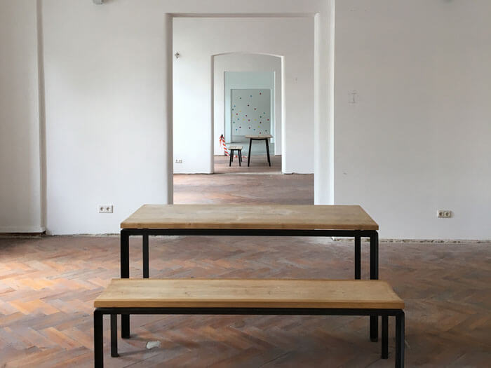 Möbel im Raum