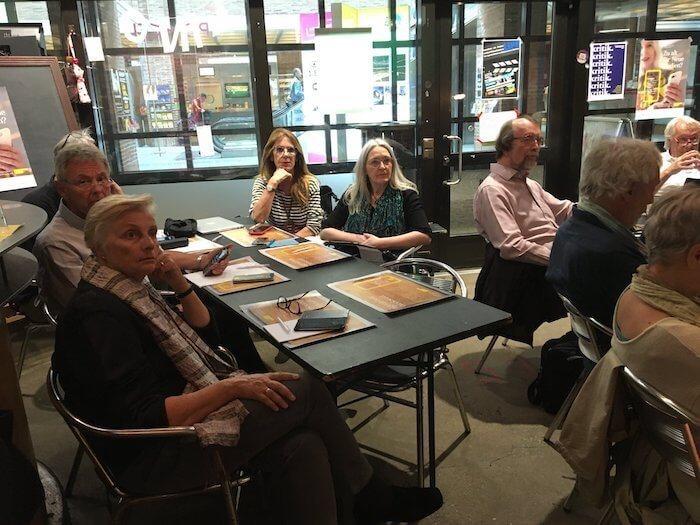 Die Teilnehmer waren konzentriert bei der Sache. Foto: Anne Bauer
