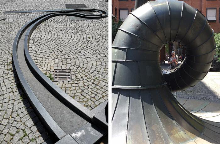 Gar nicht so einfach, das Wesen dieser Skulptur festzuhalten. Foto links: Nikolai Schulz. Foto rechts: Antoinette Rode