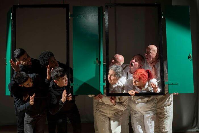 Orient Connection: Das neue Theaterstück von Viktor Schenkels Theater Grenzenlos. Foto: Szenenbild