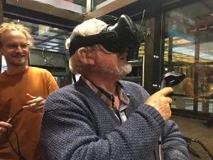 Sogar Virtual-Reality Brillen gab´s zum Ausprobieren.